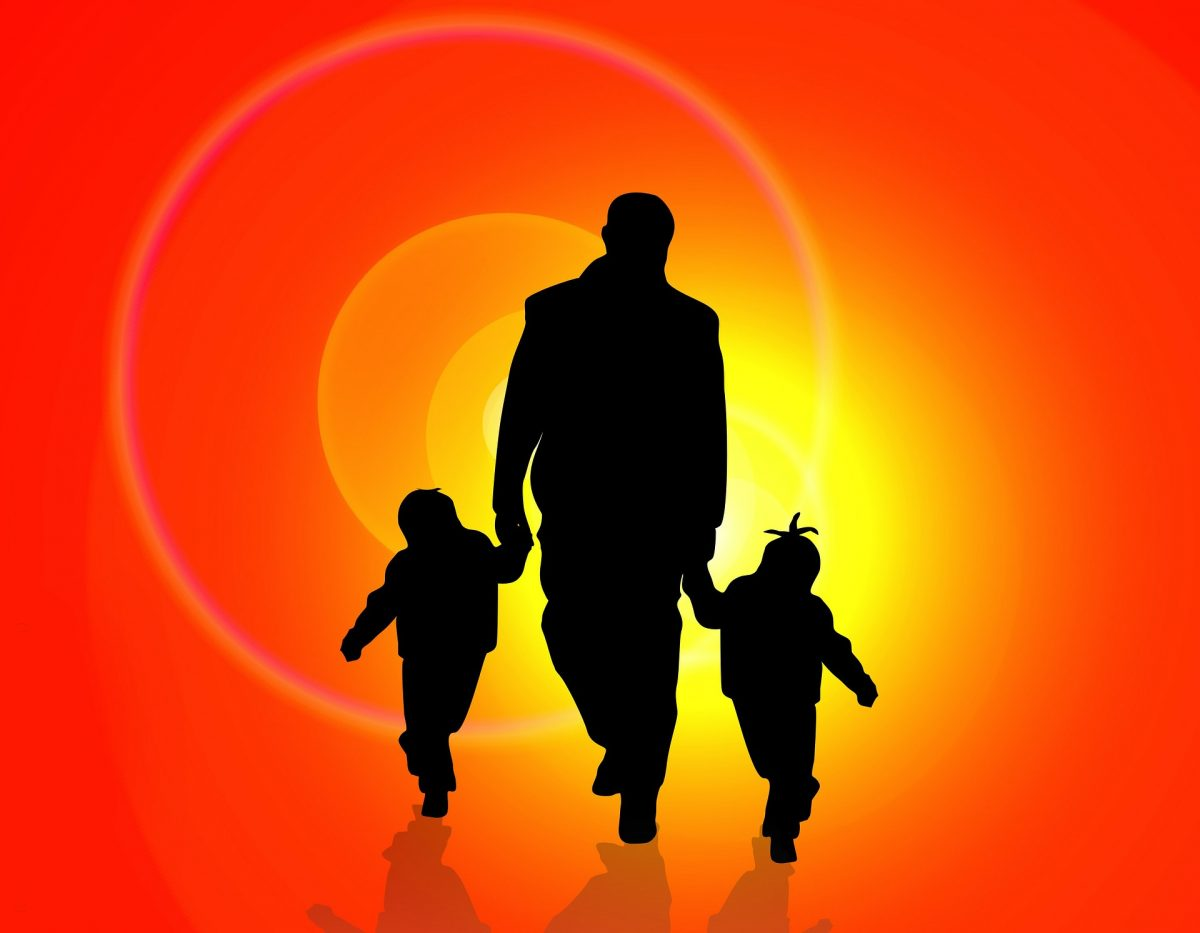 Some Smart Ways How Single Parents Can Manage their Debts Effortlessly